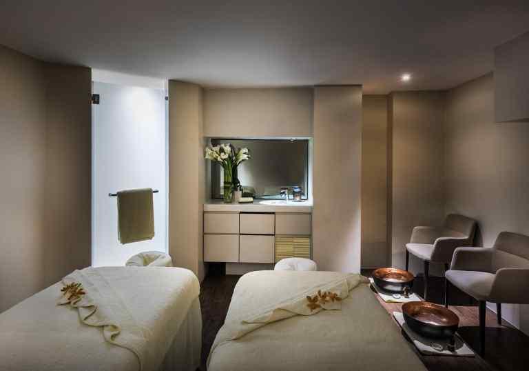 THE FULLERTON HOTEL SINGAPORE SPA